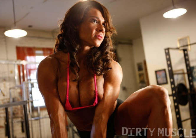 rica muscle woman