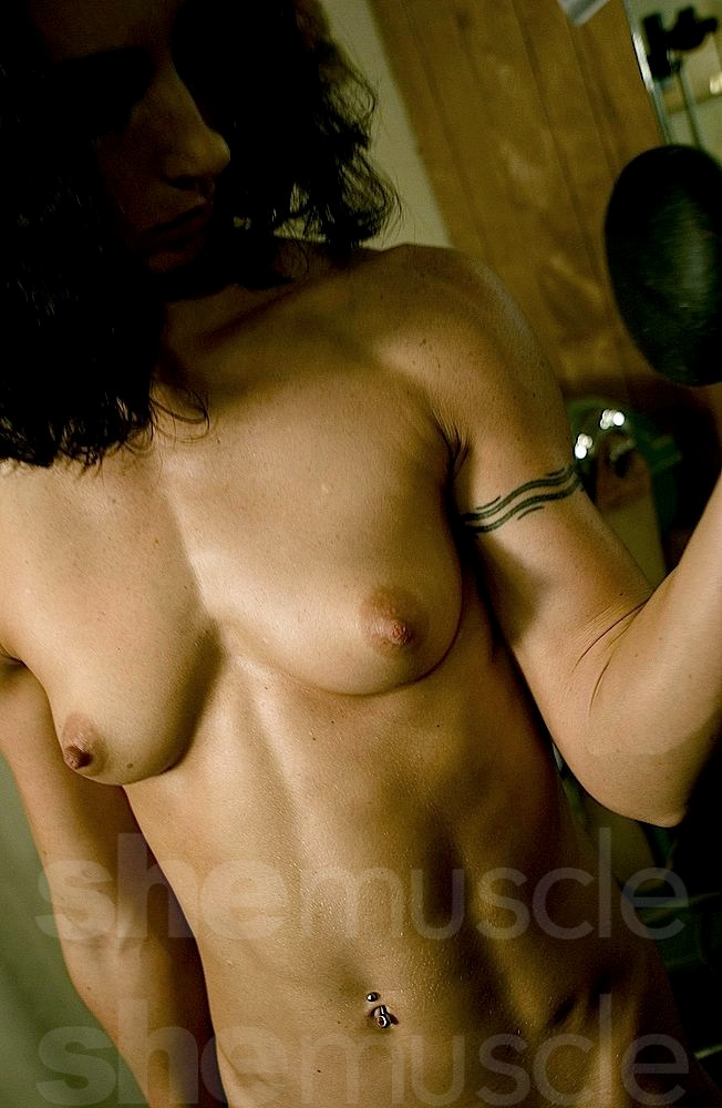 she-muscle-wenona-10